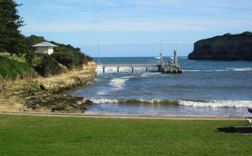 Gladstone Pier, byRedgum